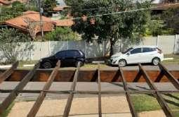 REF: 2537 - Casa em Condomínio/loteamento Fechado em Atibaia/SP  Parque das Garças I.