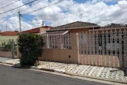 Casa à venda  em Atibaia/SP - Loanda REF:2735